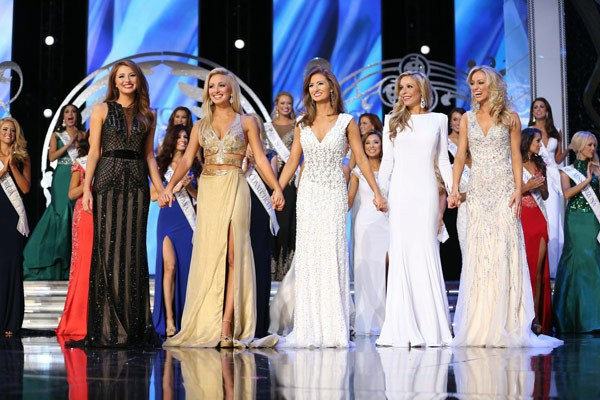 Prom dress trends from Miss America - V-neck gowns