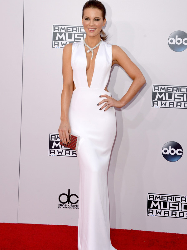 kate-beckinsale-american-music-awards-2014-amas