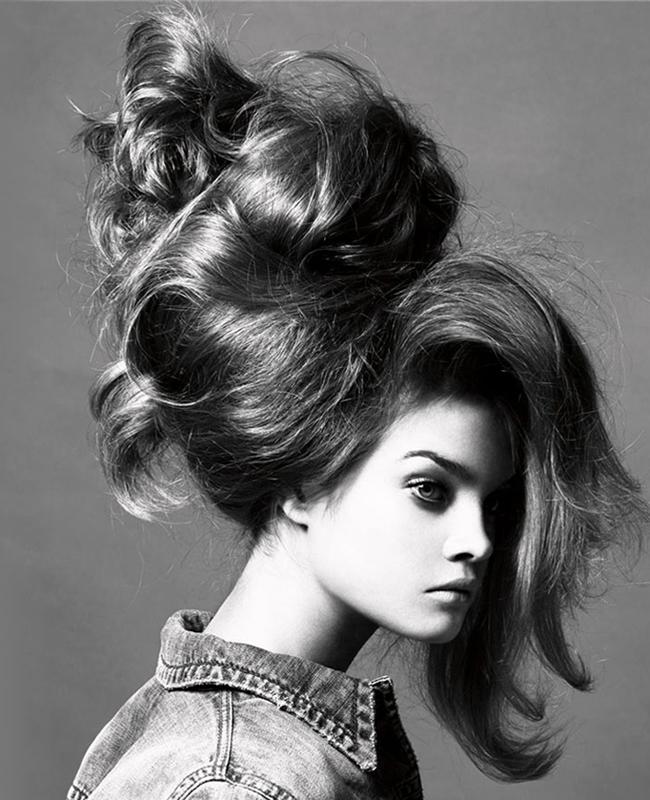 natalia-vodianova-vogue-italia-may-2005-flowing-hair_92861-1280x1024