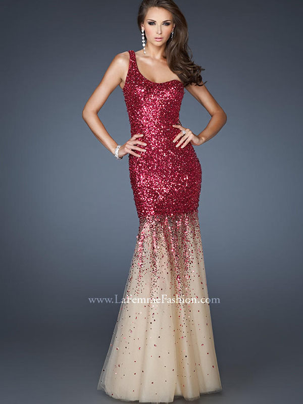 7 Sequin Prom Dresses You Need to See – GlitteratiStyle.com