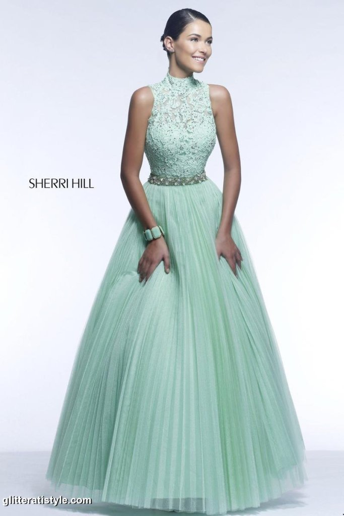 Sherri_Hill_21334_light_green_21334_s14_13